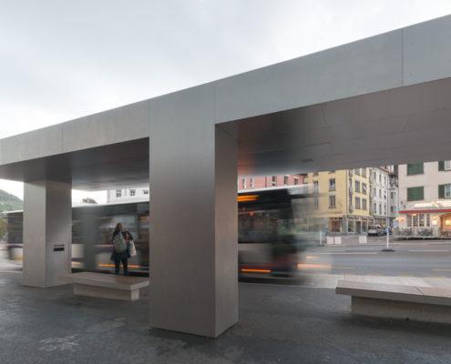 Bushaltestellen Lindenplatz